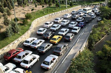 ترافیک نیمه سنگین در جاده چالوس - کرج