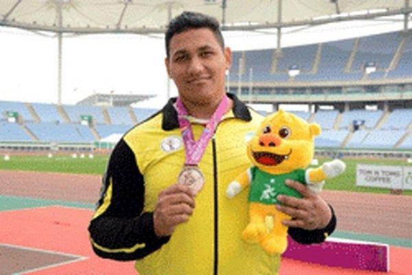 نمایندگان ایران در پرتاب دیسک مردان مدال طلا و برنز گرفتند