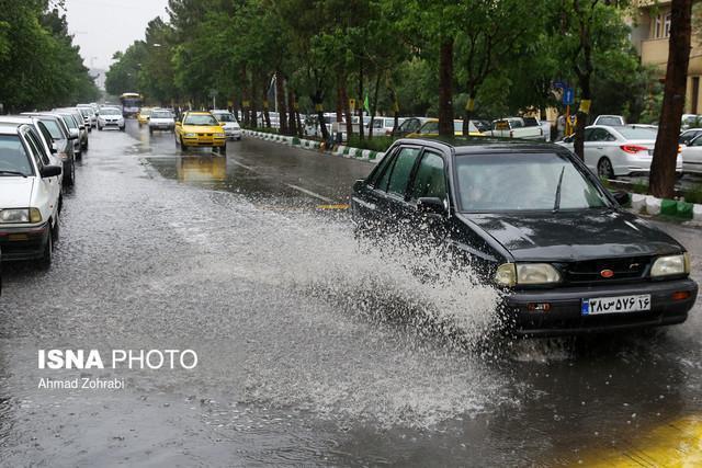 باران هایی که در سطح معابر به هدر می رود