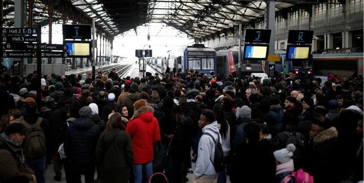 اعتصاب سراسری در فرانسه 5 روزه شد
