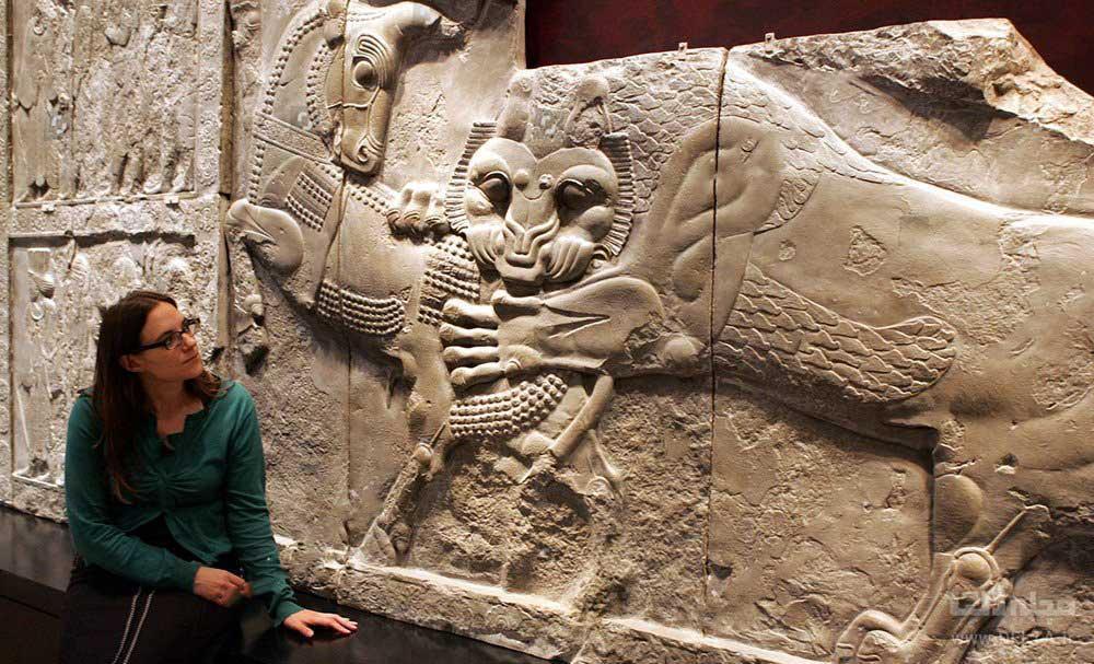 موزه بریتانیا ؛ آرامگاه منشور کوروش