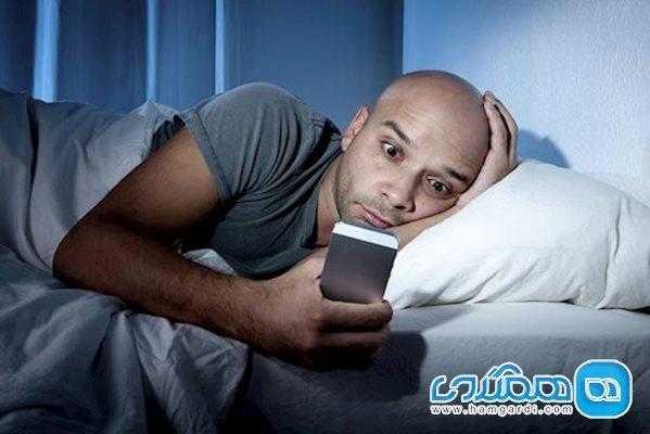 اگر گوشی را تا رختخواب می برید، این مطلب را بخوانید!