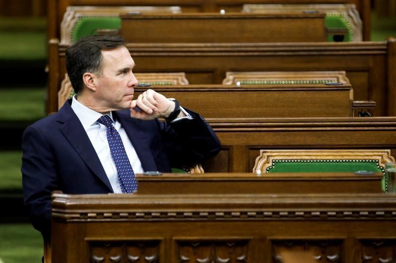 احتمال رسیدن کسری بودجه دولت کانادا به 256 میلیارد دلار
