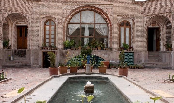 تحویل خانه تاریخی یزدی ها در قزوین به سرمایه گذار بخش خصوصی