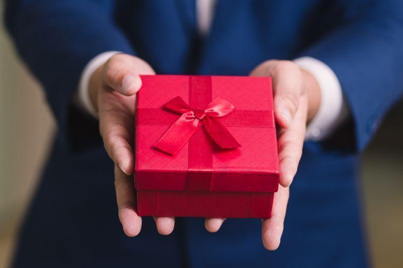 برای انتخاب هدیه ایده آل برای عید به این نکات توجه کنید